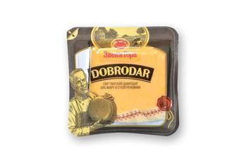 Сыр Добродар 50% Звени гора 230 г