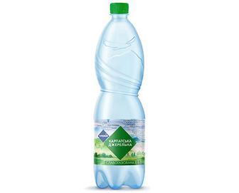 Вода мінеральна «Карпатська Джерельна» слабогазована «Премія»® 1,5л
