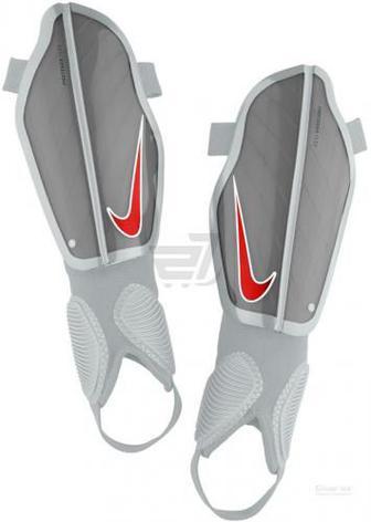 Щитки футбольні Nike Y NK CHRG GRD SP2079-043 р. L сірий