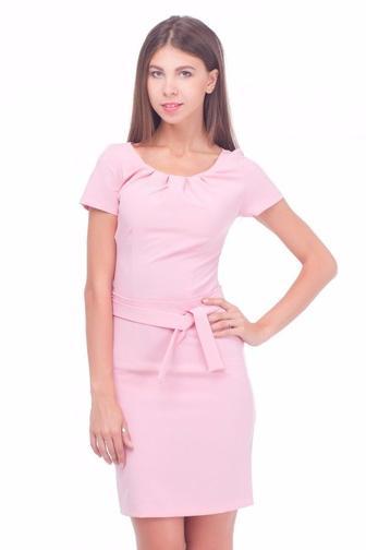 Платье розовое с защипами по горловине