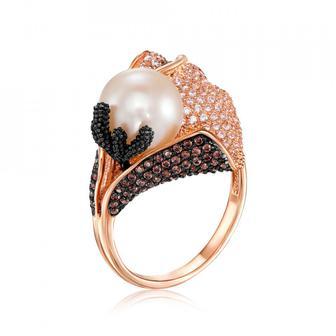 Золотое кольцо с жемчужиной и фианитами. Артикул 13034/ч