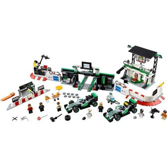 LEGO Speed Champions Mercedes AMG Команда формулі один Petronas (75883)