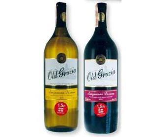 Вино біле/червоне, напівсолодке, 12%, 1,5 л
