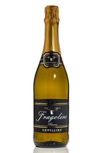 НАПІЙ ВИНО ігристе Fragolino Bianco, Rosso 7%, 0.75 л NOVELINA